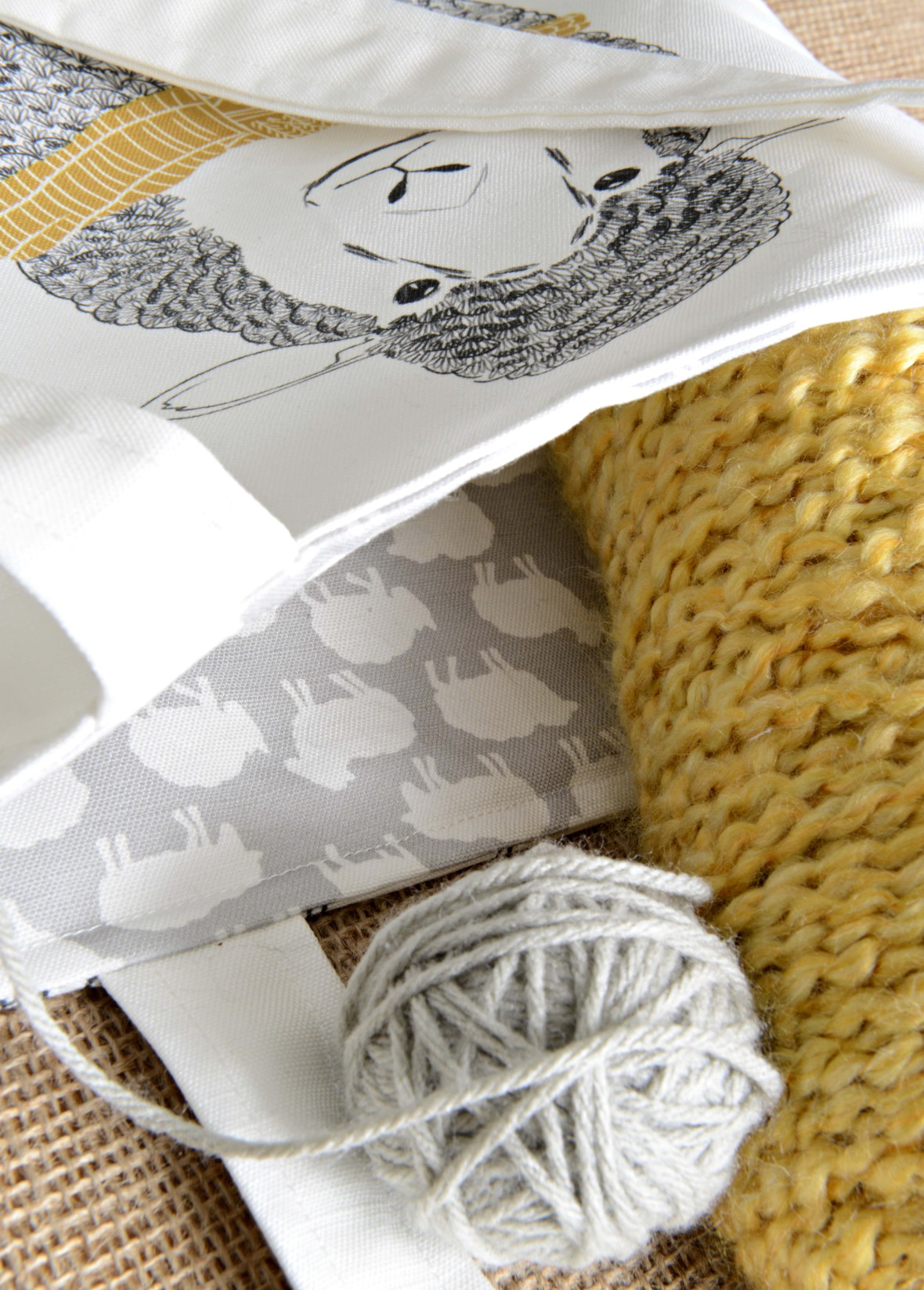 Id Rather Be Knitting Tote Close Up