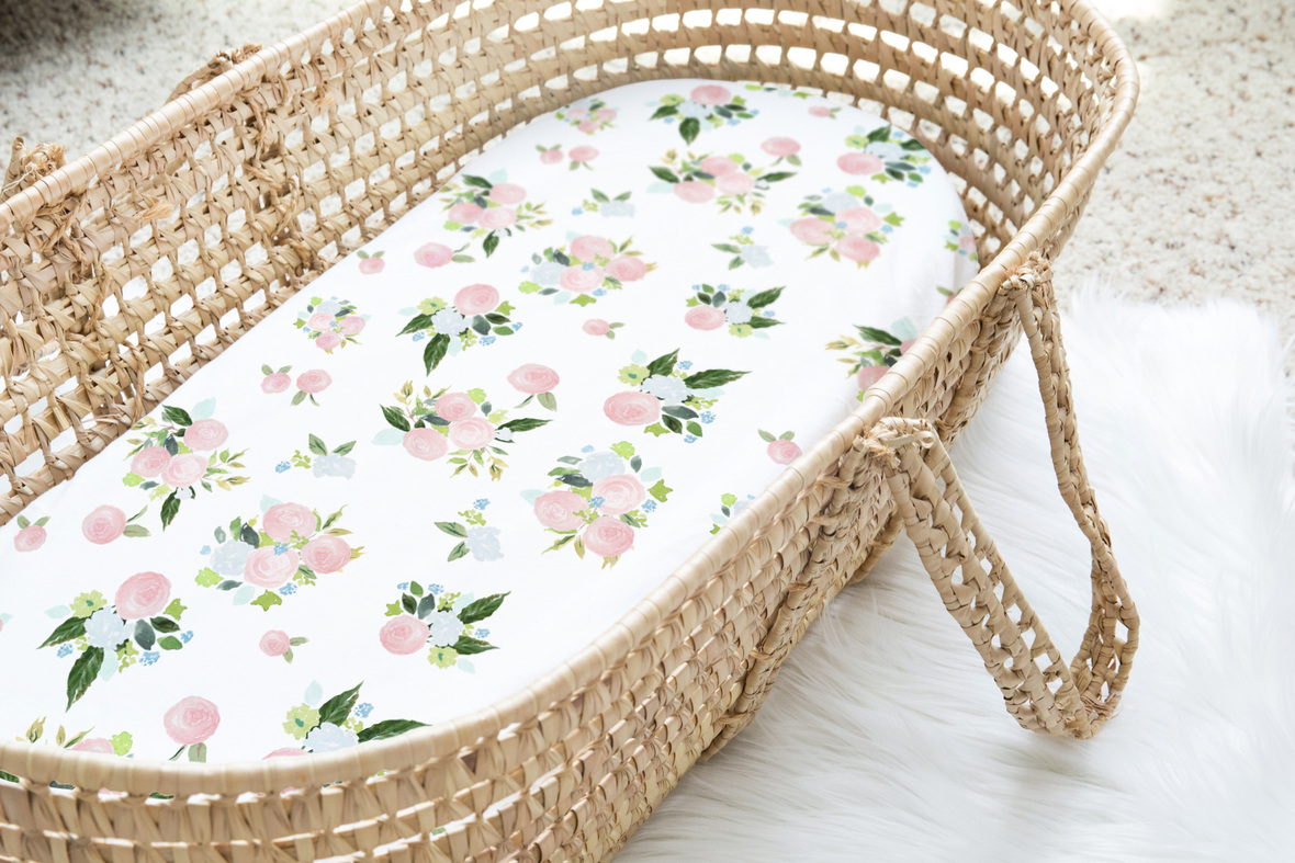 Moses Basket rose bouquet in spring large