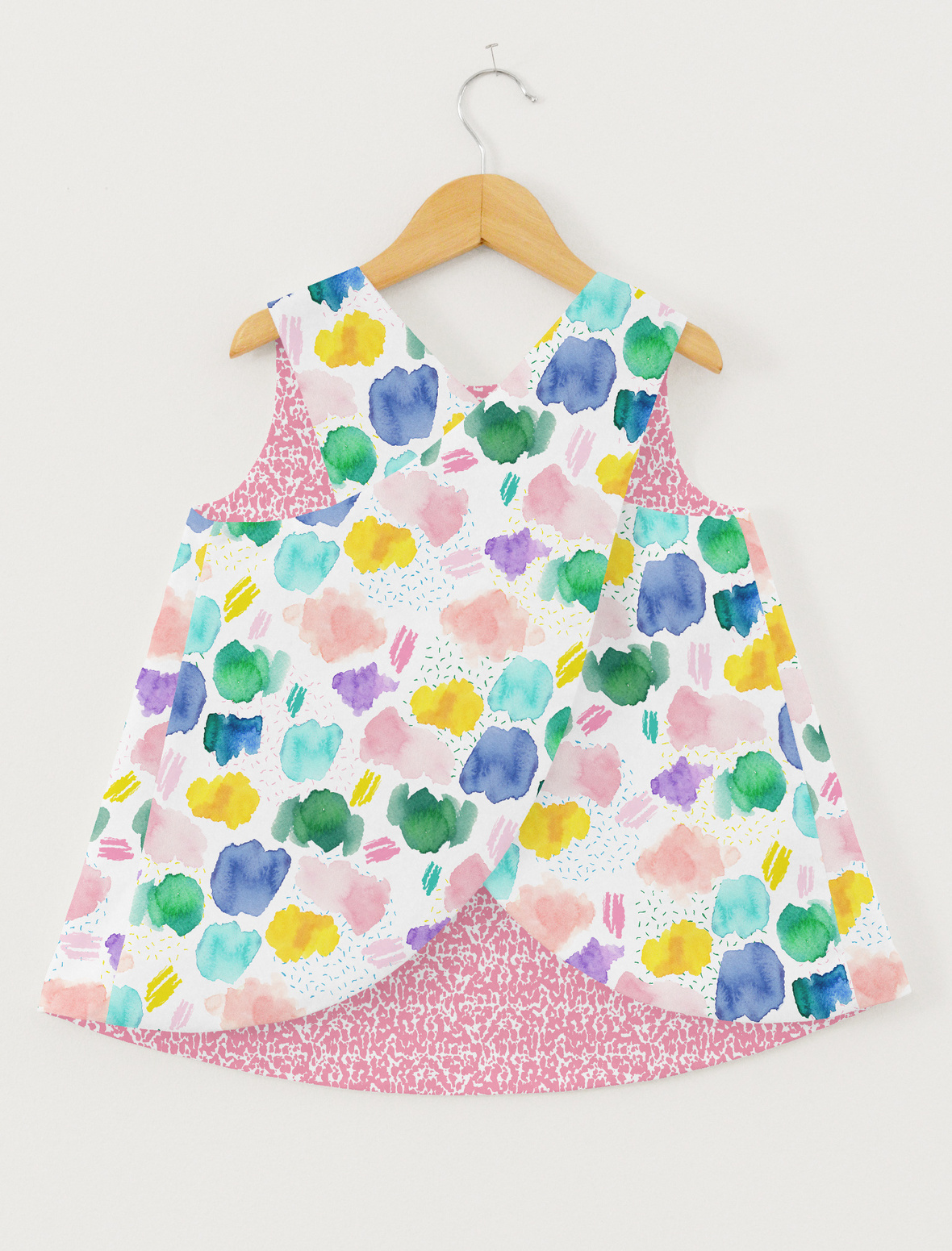 Pinafore Top large scales